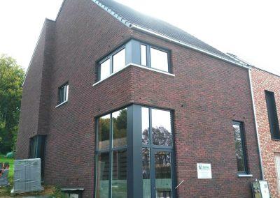 Nieuwbouw, leveren en plaatsen ramen en deuren